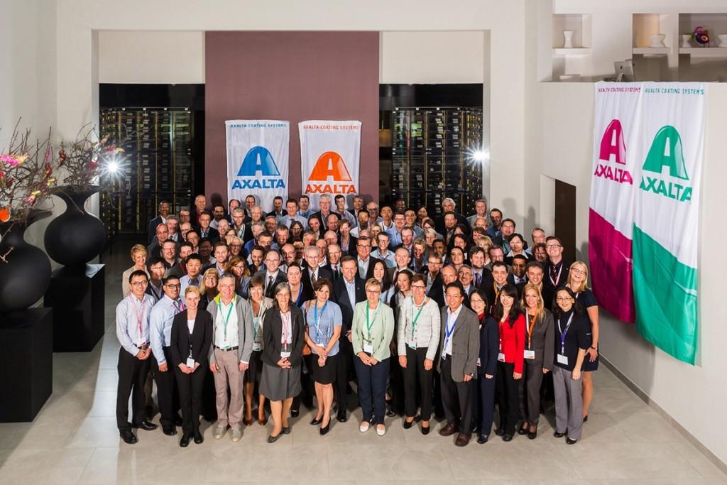 Teilnehmer des zweiten globalen Innovations-Symposium von Axalta