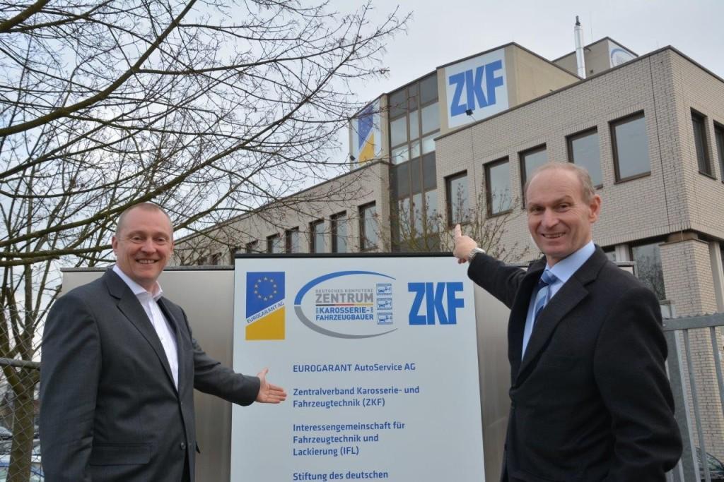 Bild1_ZKF-Präsident Peter Börner_HGF Dr. Klaus Weichtmann(1)