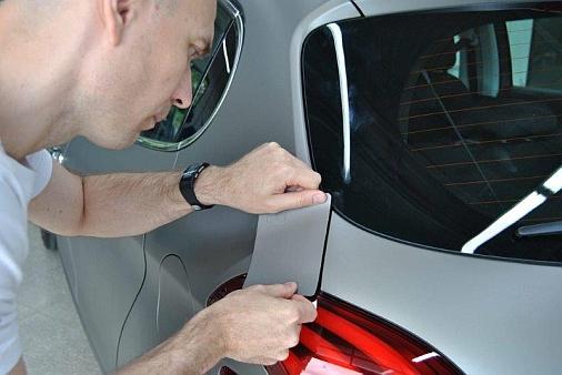 Spies Hecker - Peugeot Strukturlackierung fachgerecht reparieren