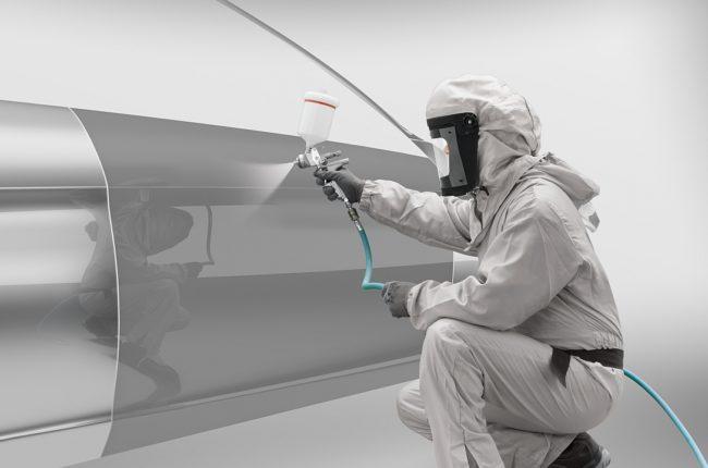 die-reparatur-von-liquid-metal-farbtoenen-stellt-hohe-ansprueche-an-das-koennen-des-lackierers