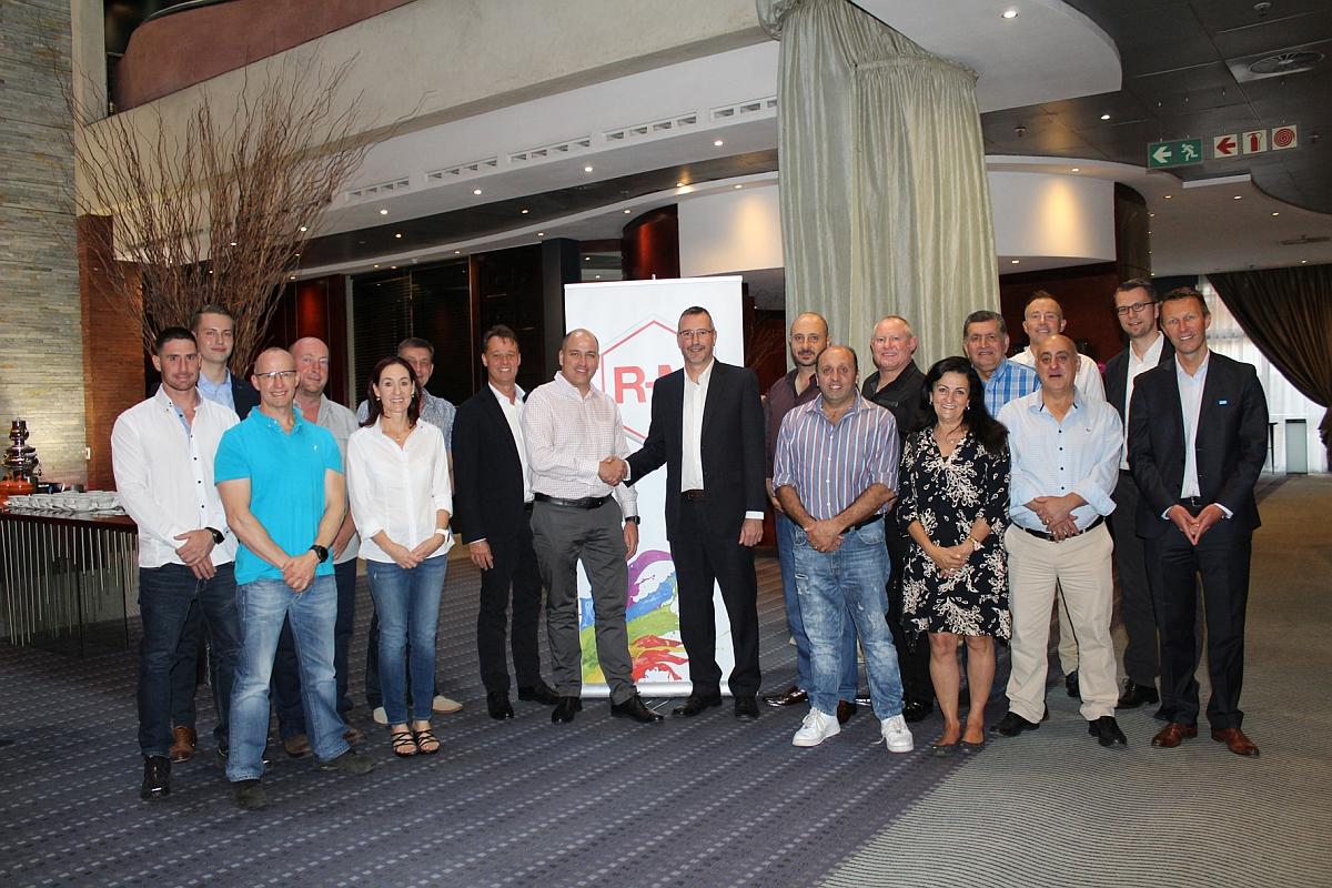 erfolgreiche-zusammenarbeit-fuer-die-marke-r-m-wird-fortgesetzt-basf-verlaengert-partnerschaft-mit-rsb-autogroup